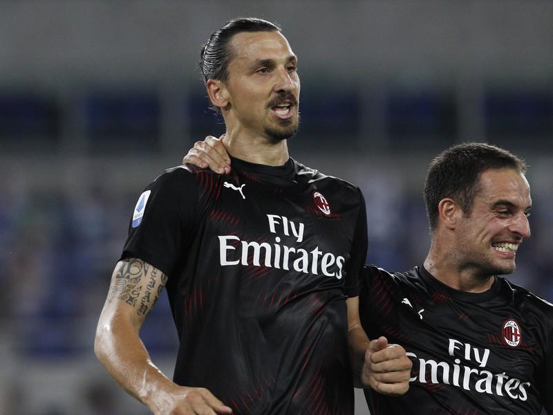 Zlatan Ibrahimovič (vľavo)