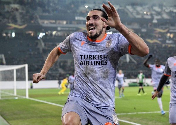 Enzo Crivelli oslavuje gól