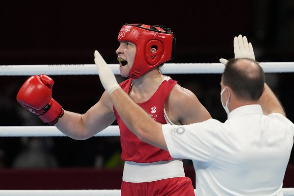 Britská boxerka Lauren Priceová