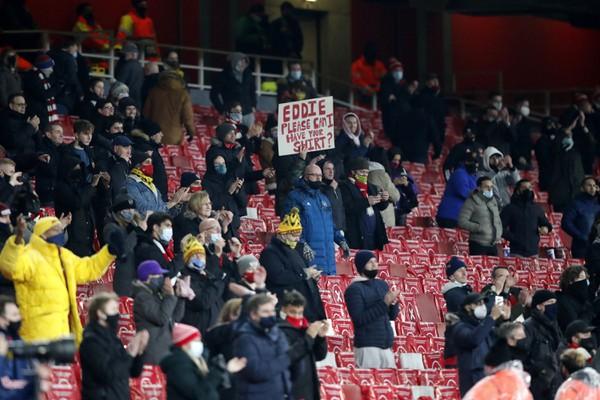 Fanúšikovia na tribúnach Emirates
