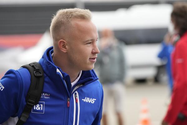 Ruský pilot F1 Nikita