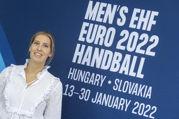 Na snímke delegátka EHF