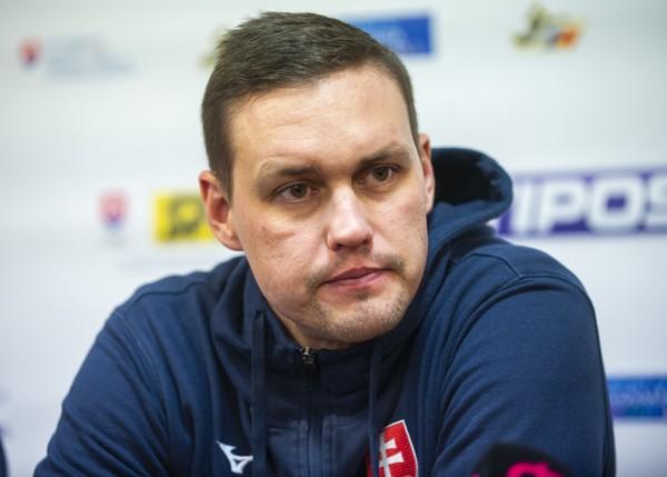 Tréner Slovenska Peter Kukučka
