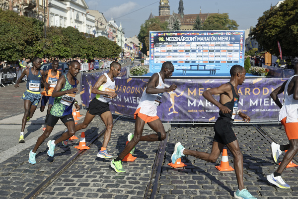 Africkí bežci na Medzinárodnom