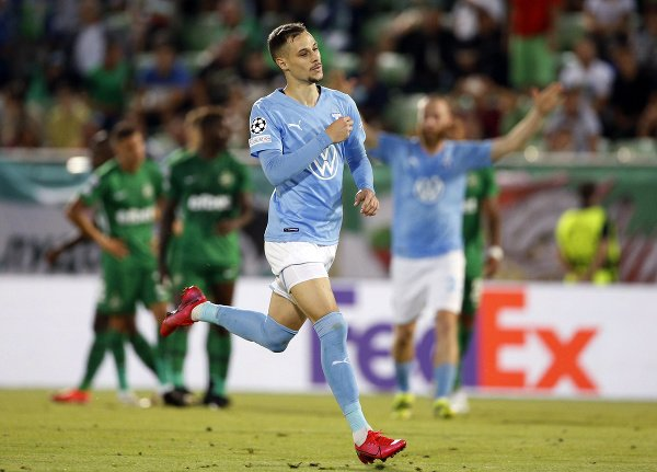 Veljko Birmančević oslavuje gól