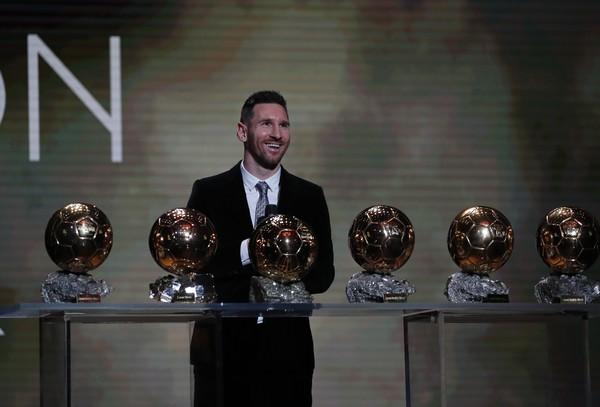 Lionel Messi si prezerá
