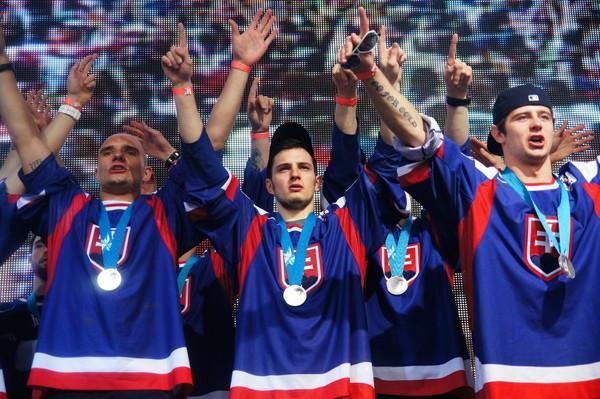 Návrat hokejistov z Helsínk,