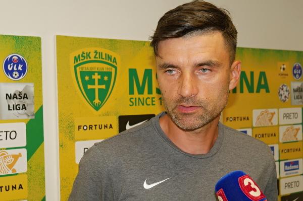 Na snímke tréner MŠK