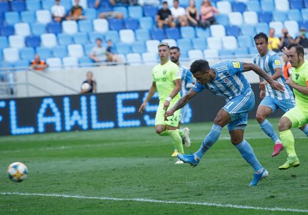 Rafael Tatao strieľa gól
