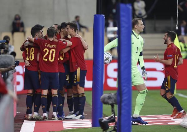 Gólové oslavy futbalistov Španielska