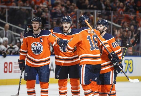 Edmonton Oilers oslavujú presný