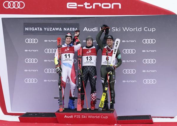 Chorvátsky lyžiar Filip Zubčič