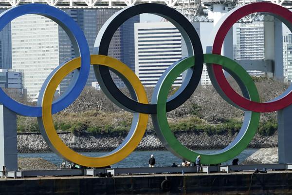 Odklad olympiády naberá čoraz