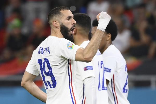 Karim Benzema oslavuje premenený