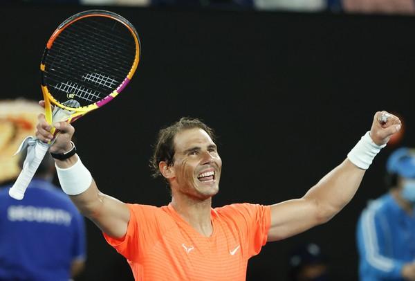 Rafael Nadal postupuje do