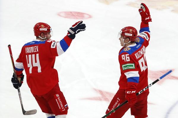 Andrej Kuzmenko a Jegor