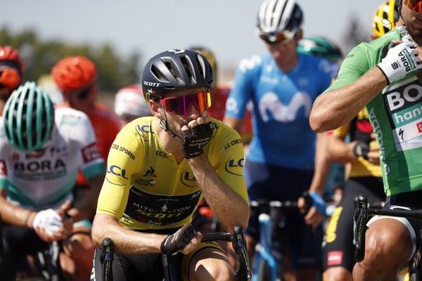 Adam Yates v žltom