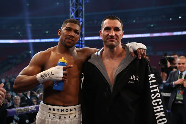 Anthony Joshua a Vladimir