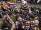 Verstappen zakončil sezónu víťazstvom