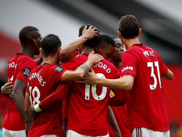 Červení diabli sa opäť bavia futbalom