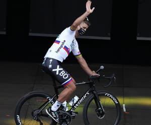 Peter Sagan zdraví fanúšikov na Tour de France 2021