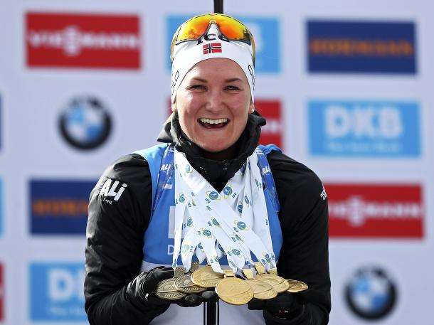 Medailová zbierka nórskej kráľovnej!